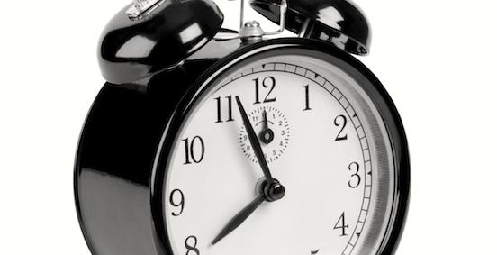 Wecker kurz vor acht